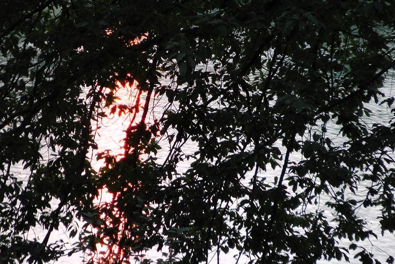 غروب آفتاب در  تپه عباس آباد بهشهر
