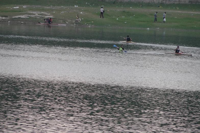 دریاچه زیبای عباس آباد